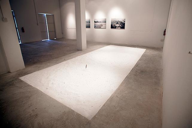 Zhao Renhui, Eskimo wolf trap often quoted in sermons, 2013, Mixed media installation: knife, bicarbonate soda, vinyl text sticker