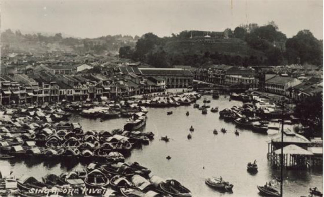 Scene of crowded Singapore River and Fort Canning, circa late19th and early 20th century, Gift of Ms Ng Chee Sun, Image courtesy of National Museum of Singapore