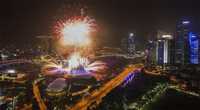 Marina Bay Singapore Countdown Image Courtesy of Esplanade – Theatres on the Bay