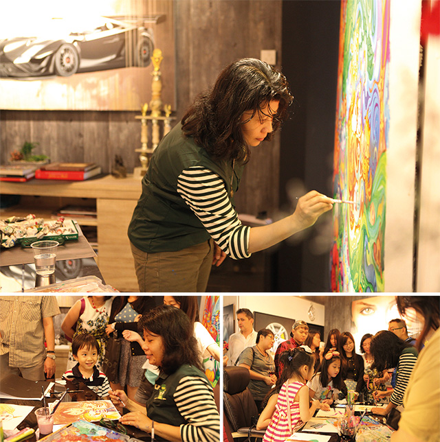 Adrinalia doing a live demonstration at Art Xchange Gallery Grand Opening