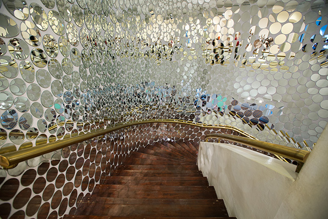 Harumi Yukutake' Paracosmos propels the viewer into a parallel world, a space of otherness that is recognisable but unfamiliar. Harumi Yukutake, Paracosmos, 2016, Image courtesy of Singapore Art Museum