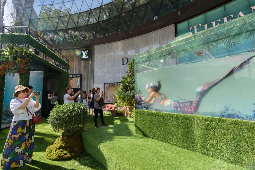 Ion Orchard Celebrates 10th Anniversary With First Live Mermaid Installation Along Orchard Road Singapore Art Gallery Guide Art Events Exhibitions In Singapore Orchard toys catch and count game. ion orchard celebrates 10th anniversary